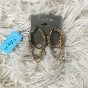 Gold Oval Hang Earrings